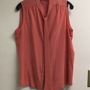 Chloe size large coral sleeveless button up with